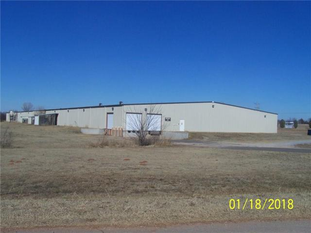 2901 Plant Drive, Choctaw, OK 73020 (MLS #805752) :: Homestead & Co