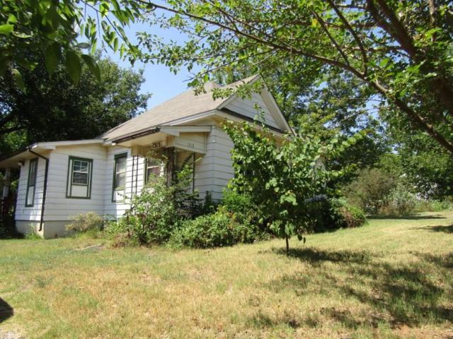 1315 W Oregon, Chickasha, OK 73018 (MLS #805809) :: Wyatt Poindexter Group