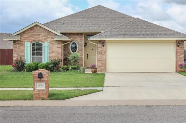 2252 Melody Drive, Edmond, OK 73012 (MLS #806047) :: Wyatt Poindexter Group