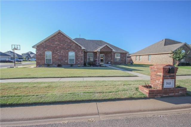 948 NE 30th, Moore, OK 73160 (MLS #806464) :: Wyatt Poindexter Group