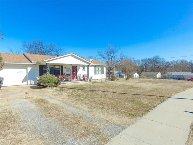 601 E Oak Street, Noble, OK 73068 (MLS #806753) :: Homestead & Co