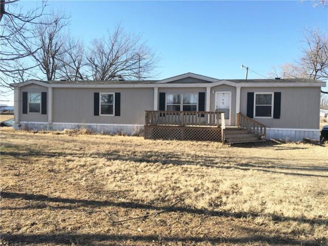 7901 N Meridian Avenue, Crescent, OK 73028 (MLS #807243) :: Homestead & Co