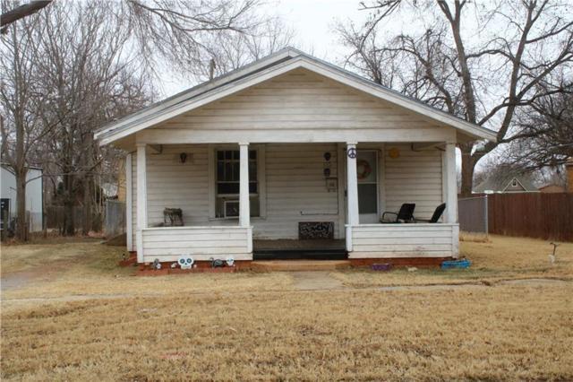 512 N Washington Ave, Elk City, OK 73644 (MLS #808062) :: Wyatt Poindexter Group