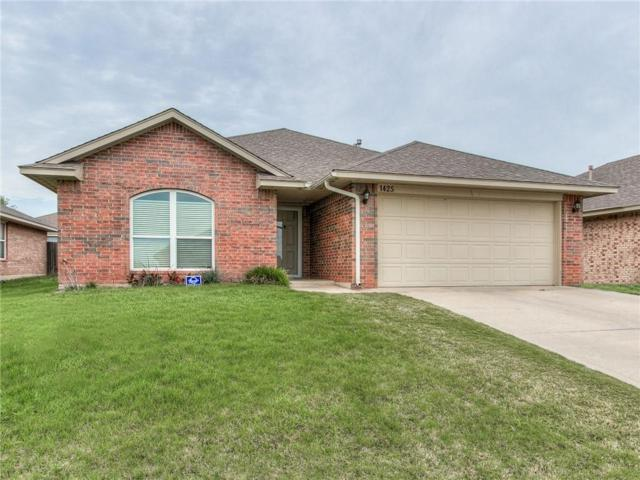 1425 Deer Chase Drive, Norman, OK 73071 (MLS #810175) :: Wyatt Poindexter Group