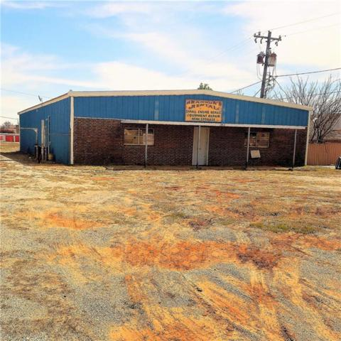 1811 N Harrison, Shawnee, OK 74804 (MLS #811390) :: Homestead & Co