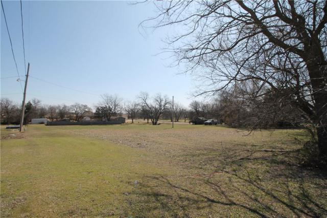 2203 Ellis, Shawnee, OK 74804 (MLS #812032) :: Erhardt Group at Keller Williams Mulinix OKC