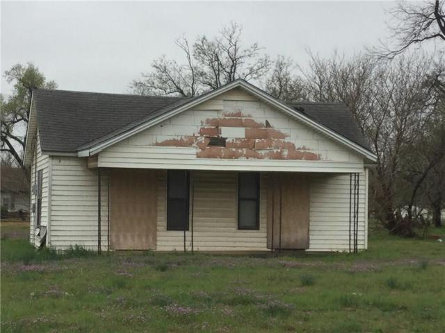 602 S 1st Street, Chickasha, OK 73018 (MLS #812663) :: Homestead & Co