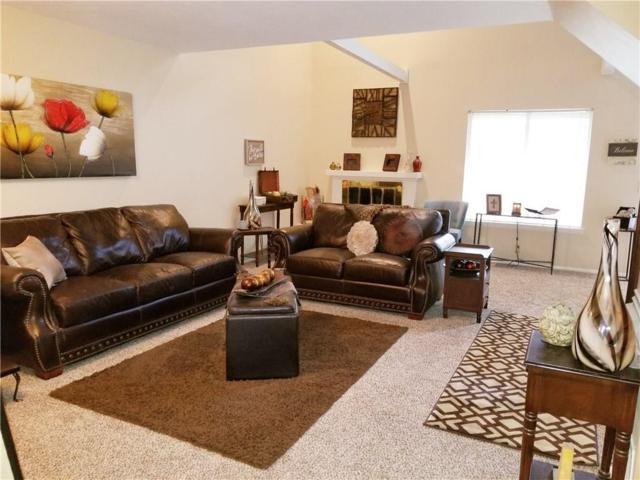 9621 Hefner Village Boulevard, Oklahoma City, OK 73162 (MLS #812683) :: Barry Hurley Real Estate