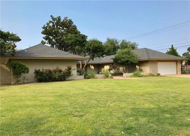 2901 Regency Court, Oklahoma City, OK 73120 (MLS #812882) :: Barry Hurley Real Estate