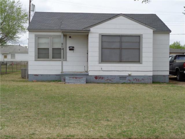 904 E Katy, Altus, OK 73521 (MLS #812983) :: Homestead & Co