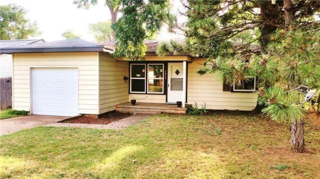 1617 S 13th, Chickasha, OK 73018 (MLS #814011) :: Wyatt Poindexter Group