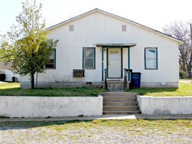 1405 S 12th Street, Chickasha, OK 73018 (MLS #814456) :: Homestead & Co