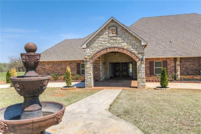 15300 Turkey Xing, Guthrie, OK 73044 (MLS #814849) :: Wyatt Poindexter Group