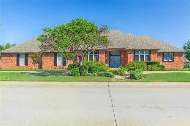 501 Country Club, Edmond, OK 73025 (MLS #815359) :: Homestead & Co