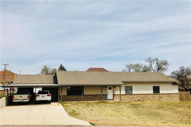701 N Broadway, Sayre, OK 73662 (MLS #816370) :: Erhardt Group at Keller Williams Mulinix OKC