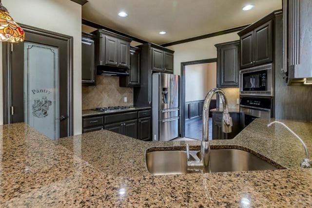 1616 Apache, Edmond, OK 73003 (MLS #816622) :: KING Real Estate Group