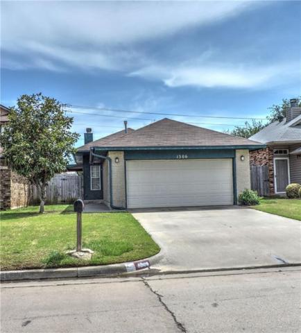 1306 SW 96th Street, Oklahoma City, OK 73159 (MLS #816639) :: Erhardt Group at Keller Williams Mulinix OKC