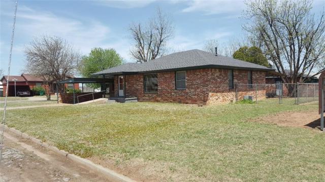 1912 N Oklahoma Avenue, Mangum, OK 73554 (MLS #817404) :: Wyatt Poindexter Group