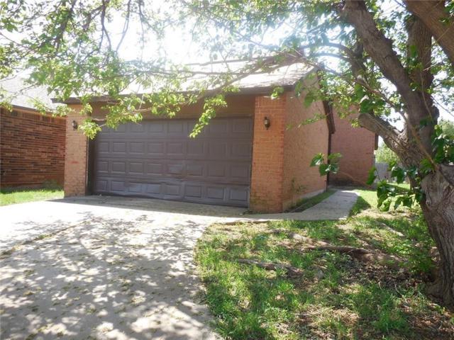 2504 Lee Lane, Oklahoma City, OK 73120 (MLS #818572) :: Erhardt Group at Keller Williams Mulinix OKC