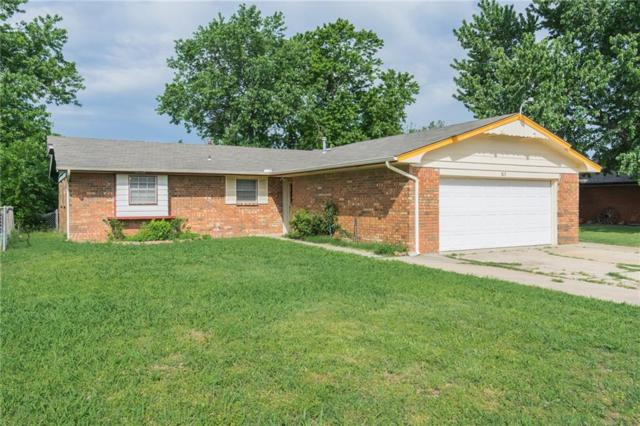 813 Eagle Drive, Moore, OK 73160 (MLS #819156) :: Wyatt Poindexter Group