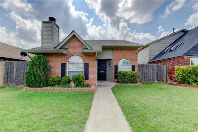 2121 Parkview Drive, Moore, OK 73170 (MLS #819657) :: Wyatt Poindexter Group