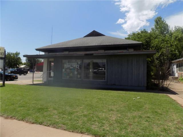 202 W Central, Anadarko, OK 73005 (MLS #819734) :: KING Real Estate Group