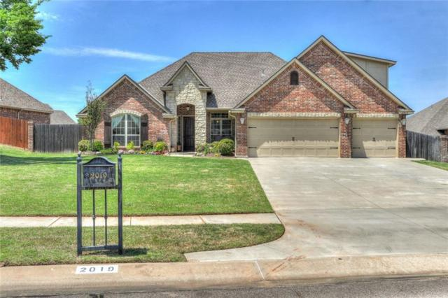 2019 Hallbrooke Ct, Norman, OK 73071 (MLS #820670) :: Barry Hurley Real Estate