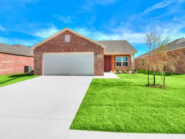 1717 Tumbleweed Way, El Reno, OK 73036 (MLS #821926) :: Wyatt Poindexter Group