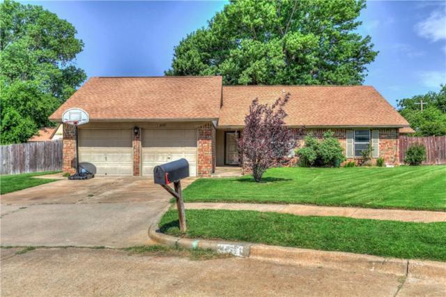 2637 Smalley Circle, Norman, OK 73071 (MLS #823448) :: Wyatt Poindexter Group