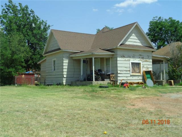 318 N Jackson, Altus, OK 73521 (MLS #823481) :: Wyatt Poindexter Group