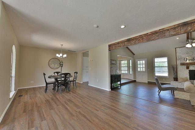 2305 W Coburg Place, Oklahoma City, OK 73170 (MLS #823570) :: Wyatt Poindexter Group