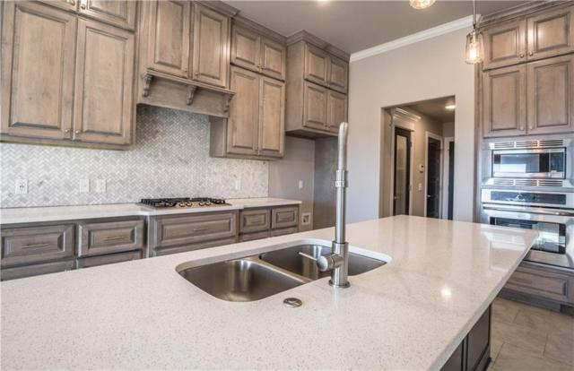 912 NE 34th Terrace, Moore, OK 73160 (MLS #824047) :: Wyatt Poindexter Group