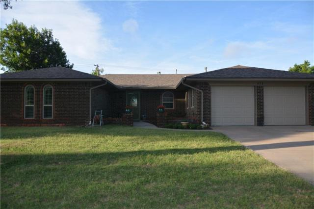 815 SW 26th Place, El Reno, OK 73036 (MLS #824604) :: Wyatt Poindexter Group