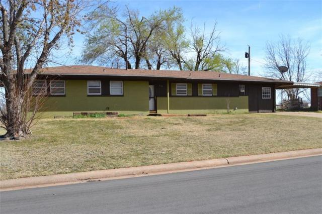 213 Pawnee, Burns Flat, OK 73624 (MLS #824612) :: Wyatt Poindexter Group