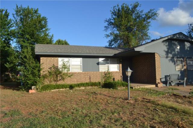 324 E Forest Lane, Mustang, OK 73064 (MLS #824835) :: Erhardt Group at Keller Williams Mulinix OKC