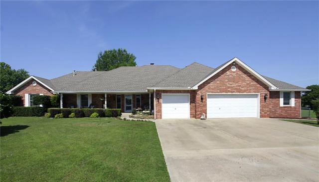 2665 Janene Drive, Harrah, OK 73045 (MLS #825574) :: Meraki Real Estate
