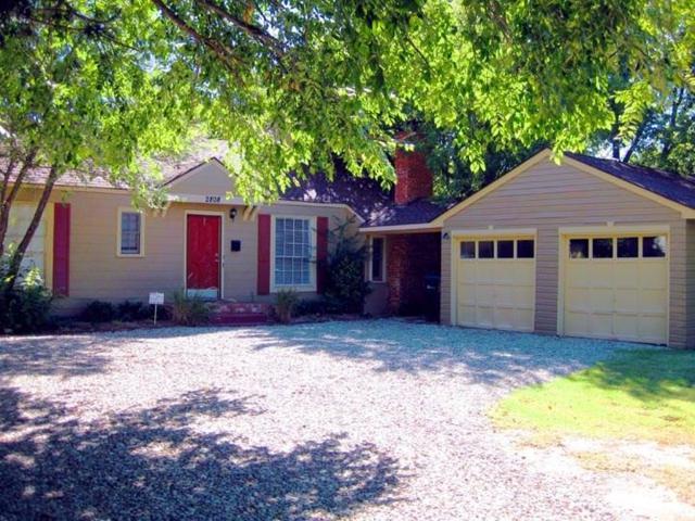 2808 Somerset, Oklahoma City, OK 73116 (MLS #825775) :: Homestead & Co