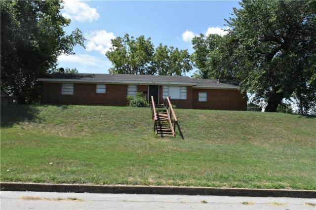 616 W Broadway, Anadarko, OK 73005 (MLS #827632) :: Wyatt Poindexter Group