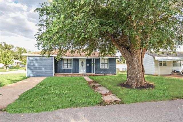 152 Herring, Elk City, OK 73644 (MLS #828971) :: KING Real Estate Group