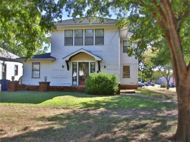 701 E Cleveland, Guthrie, OK 73044 (MLS #828972) :: UB Home Team