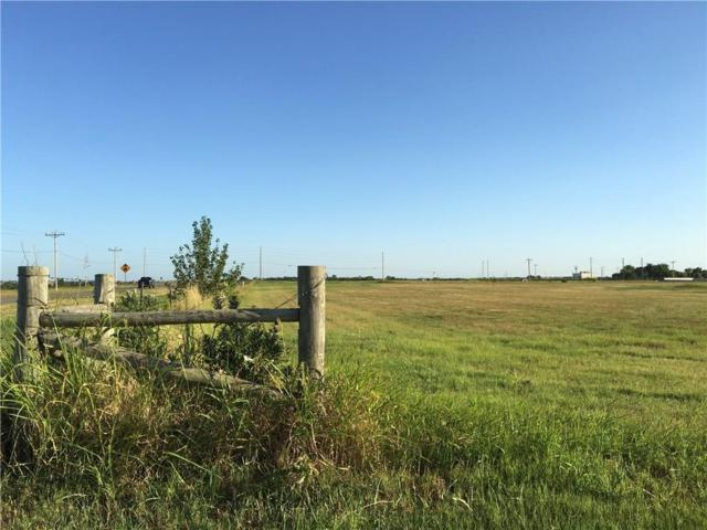 9050 W Memorial Road, Yukon, OK 73099 (MLS #831429) :: Homestead & Co
