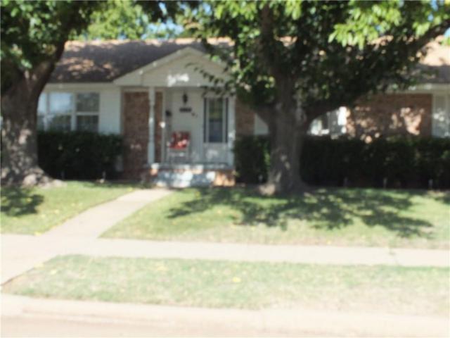 2112 N Flamingo Lane, Altus, OK 73521 (MLS #831596) :: Wyatt Poindexter Group