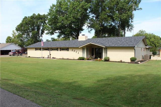 2233 Meadowlane Street, Seminole, OK 74868 (MLS #832166) :: Wyatt Poindexter Group