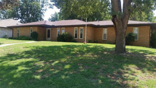 1410 Mockingbird, Weatherford, OK 73096 (MLS #832193) :: Erhardt Group at Keller Williams Mulinix OKC