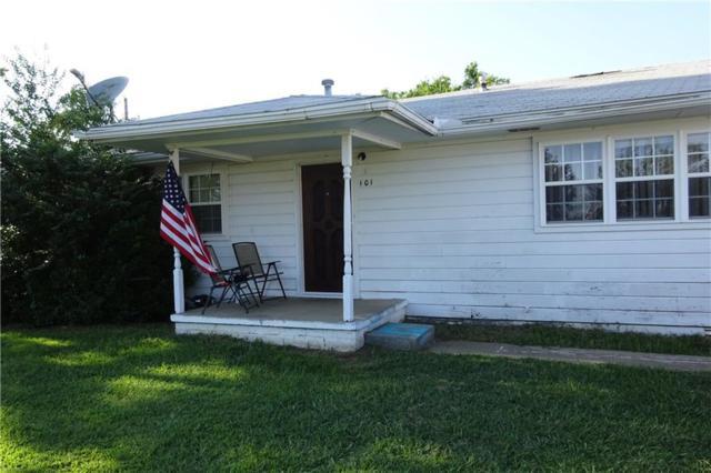 101 Yahola Street, Okemah, OK 74859 (MLS #832738) :: Wyatt Poindexter Group