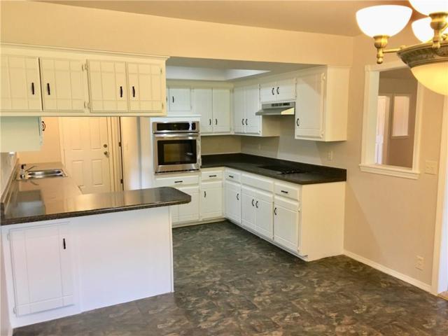 2205 Shorewood, Edmond, OK 73003 (MLS #833012) :: Wyatt Poindexter Group
