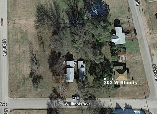202 W Illinois Ave, Chickasha, OK 73018 (MLS #834108) :: Erhardt Group at Keller Williams Mulinix OKC
