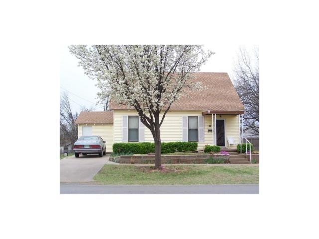 319 S 9th, Chickasha, OK 73018 (MLS #834241) :: KING Real Estate Group