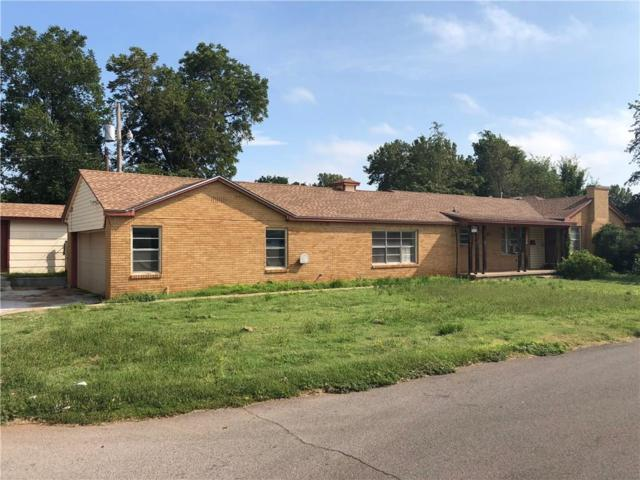 225 Davis, Elk City, OK 73644 (MLS #834247) :: Homestead & Co
