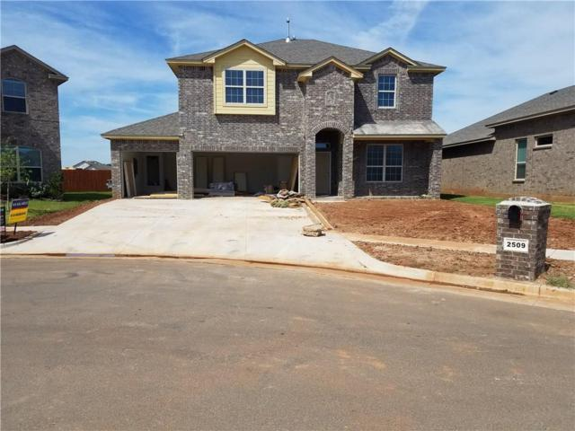 2509 Austin Glen Court, Yukon, OK 73099 (MLS #834591) :: Wyatt Poindexter Group